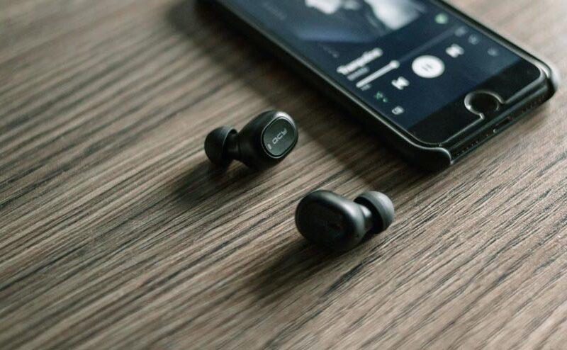 5 เหตุผล ของการใช้หูฟังบลูทูธ
